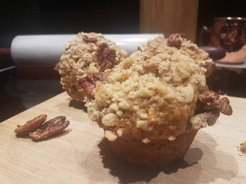 Secret recipe of muffins banana pecan from Montreal