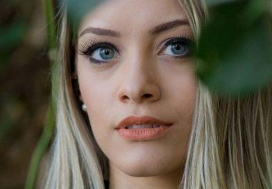 beautiful woman in canada face