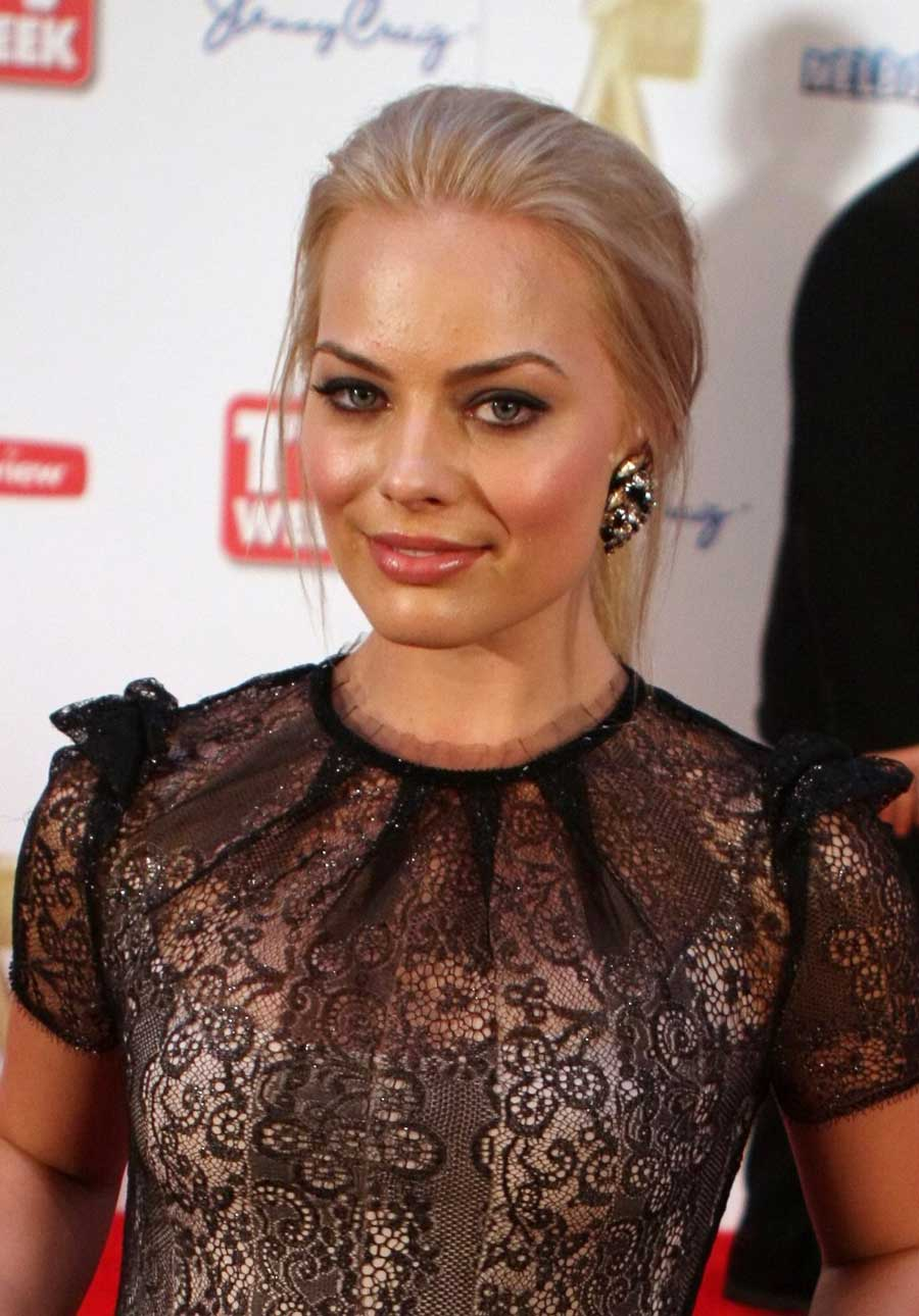 sexy margot robbie, cute actress 2020 america