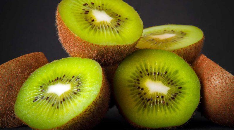 healthy lifestyle with kiwi