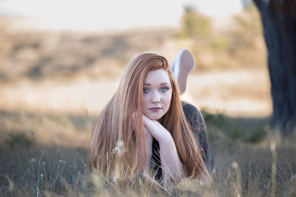 redhead-1996288_1920